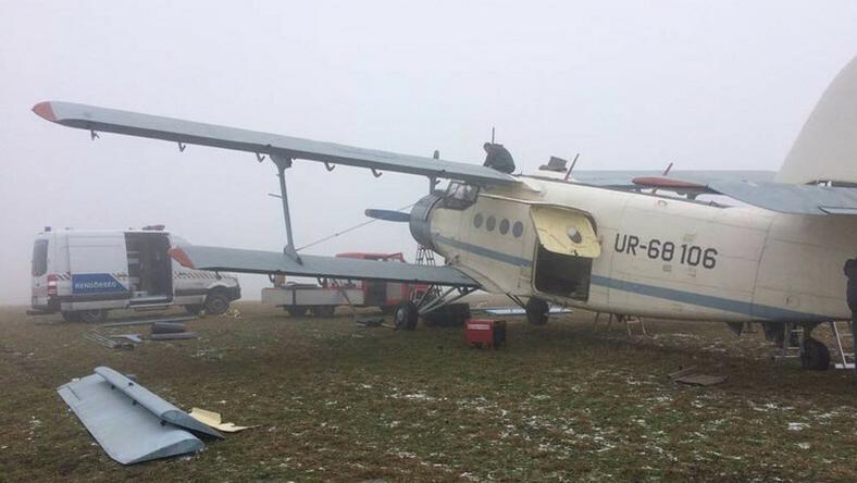 Megdöbbentő beszámoló egy magyar pilótától: gödörbe temetik az illegális bevándorlókat csempésző repülőket