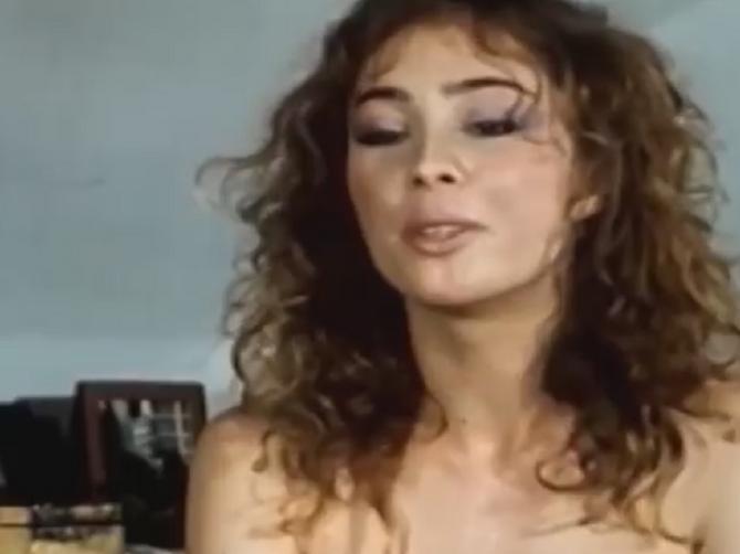 Muškarci su ludeli za Tanjom: Pojavila se sinoć u Beogradu i oduševila izgledom