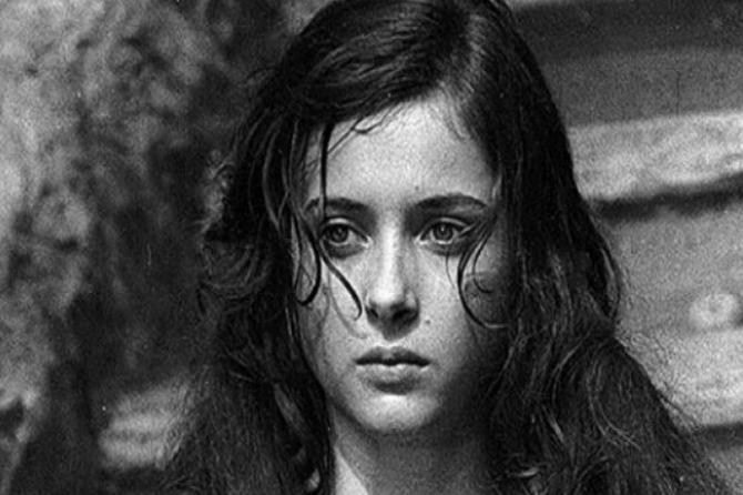 """Bila je Anđa u filmu """"Banović Strahinja"""" i jedna od NAJLEPŠIH GLUMICA: Danas ima 55 godina i IZGLEDA OVAKO"""