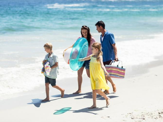 Spremamo vas za plažu! Uključite se u Veliki letnji ENIGMATSKI KVIZ BLIC ŽENE i osvojite neki od 435 poklona