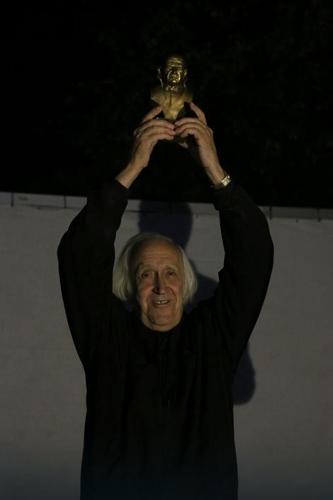Đordje Kadijević sa nagradom