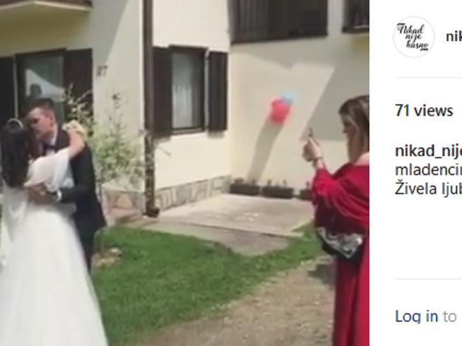 Naša pevačica se udala: Ovako je lepa Rada izgledala u venčanici!