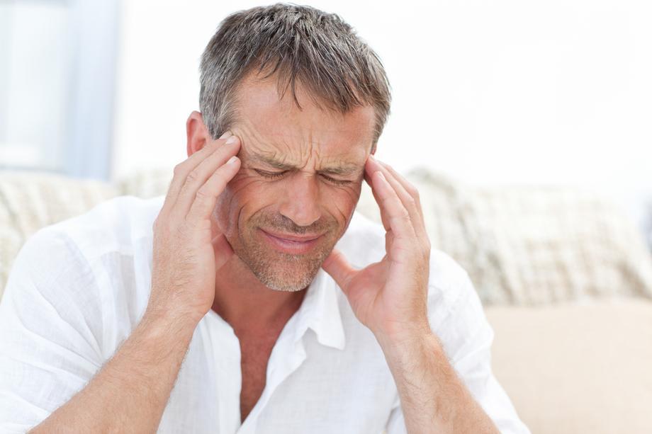 Fejfájás, szédülés, eszméletvesztés is lehet a stroke tünete