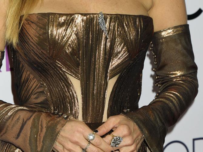 Nosi skupe haljine, a izgleda jeftino! Sara sve češće greši!
