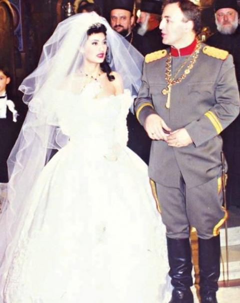 Pogledajte kako je izgedala POZIVNICA za venčanje Cece i Arkana!