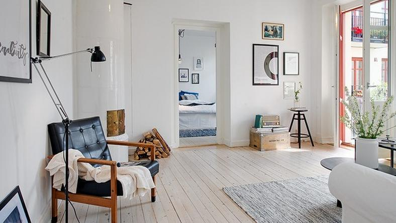 523d63aa18580_casually-comfortable-decor-driven-apartment-sweden-main-view-thumb-630x420-15766