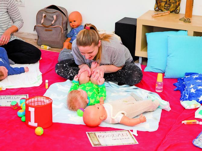 Aktivnost u kojoj uživaju i mame i bebe: Masaža je najbolji način da pričate sa bebom