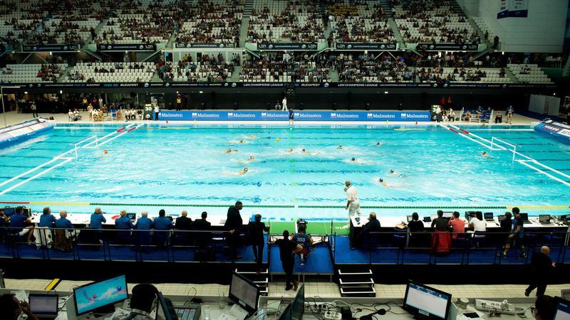 Képek a Duna Aréna ünnepélyes megnyitójáról - galéria - Blikk.hu 36efeebd14