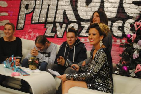 JESU KONKURENCIJA, ALI... Roko Blažević i Valentina Stojanović bodre kolege iz Pinkovih zvezdica! FOTO