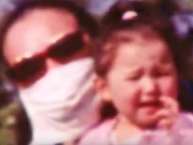Sandra 12 godina nije skinula masku s lica: A onda je to uradila i otkrila JEZIVU STVAR koju joj je muž radio