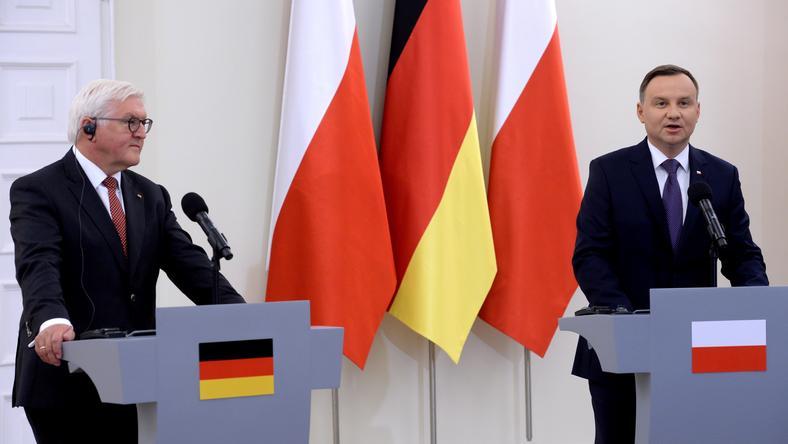 Prezydent Andrzej Duda (z prawej) w czasie spotkania z prezydentem Niemiec Walterem Steinmeierem