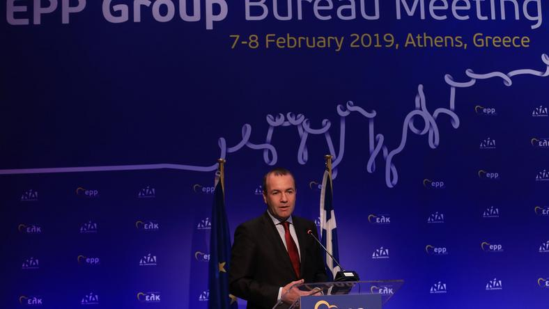 Manfred Weber  azonnal le kell állítani a magyar kormány Brüsszel elleni  kampányát   Fotó  42303dec47