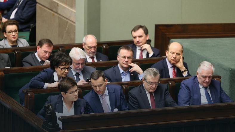 Wotum nieufności dla rządu Szydło - dzisiaj odbyło się głosowanie w Sejmie