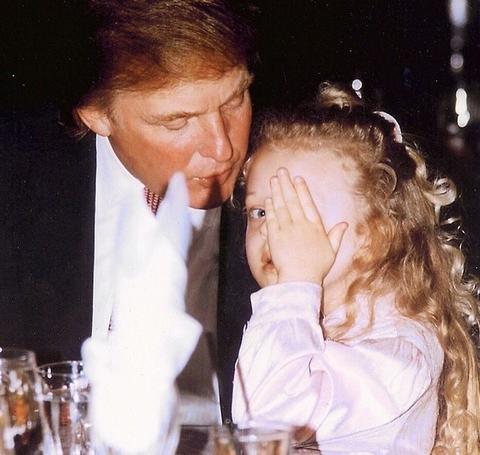 Tatina bogatašica: Ova slatka devojčica je ćerka Donalda Trampa koja je postala seksi cica!