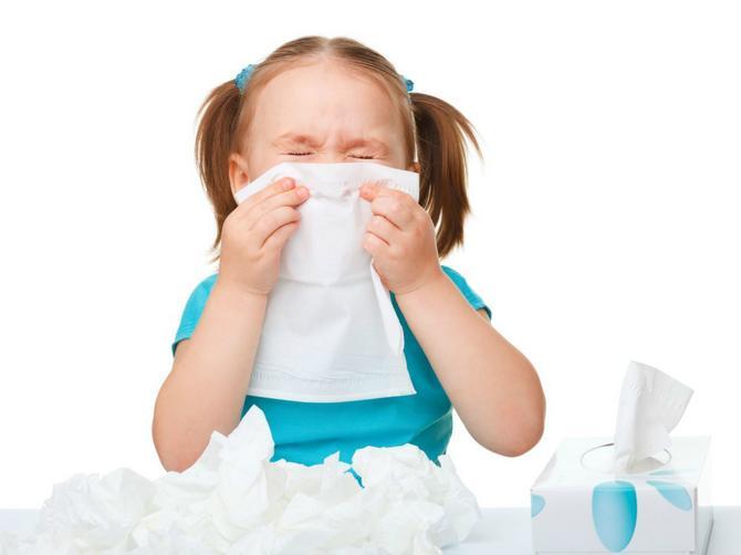 Lekar savetuje: Kako pomoći detetu koje kašlje?