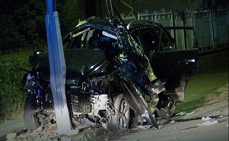 Od automobila nakon eksplozije ostala smao olupina