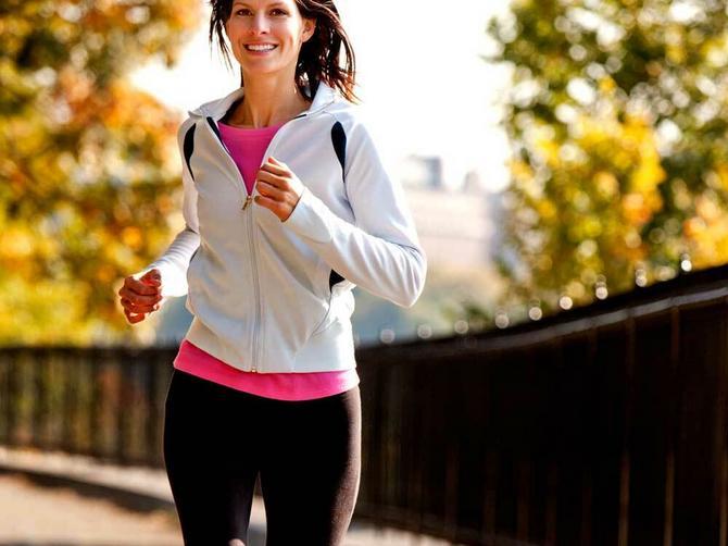 Javlja vam se bol u stomaku dok trčite? Ne paničite!