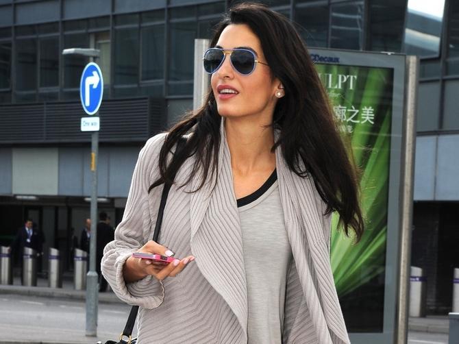 Da li je pristojno da žena od 45 godina nosi pocepane farmerke kao i klinka od 15?