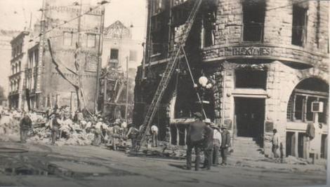 Zgrada Los Anđeles Tajmsa nakon eksplozije