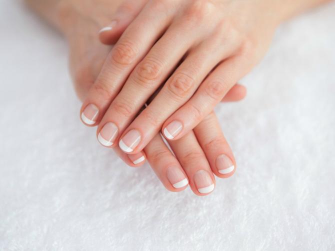 Da li znate šta otkriva polumesec na vašim noktima?