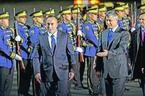 Ramuš Haradinaj i Hašim Tači