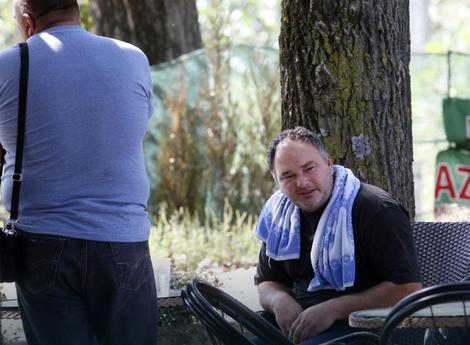 Фото: Владимир Живојиновић / РАС Србија Очајан отац дечака страдалих на Сребрном језеру