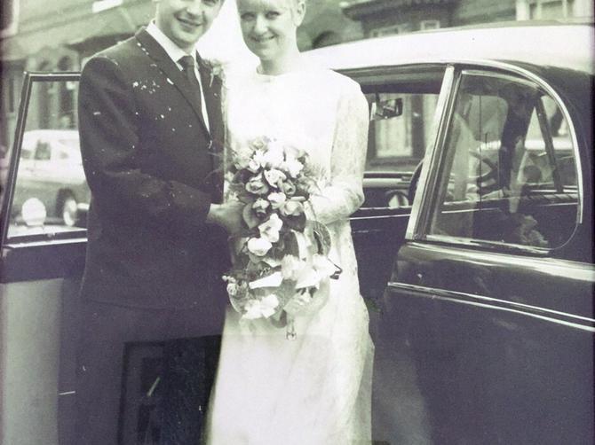 Posle pola veka napravili repliku fotografije: Svi koji su u braku treba da vide OVO!