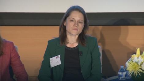Sofija Jović na konferenciji