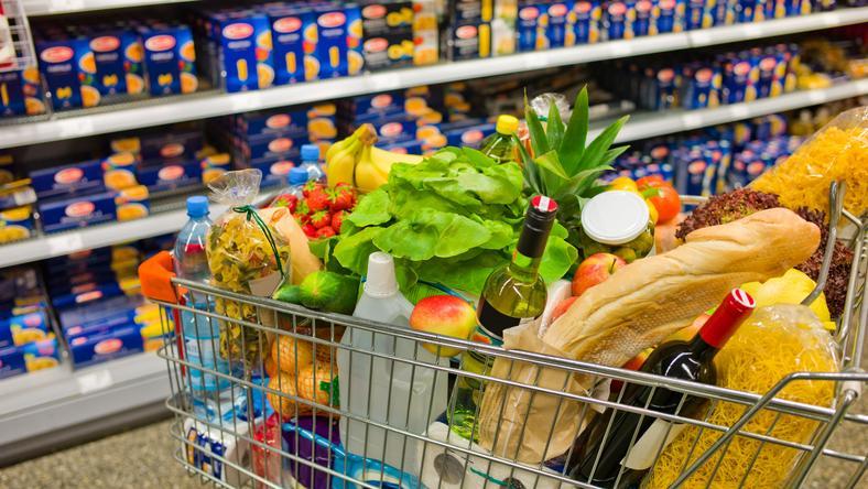 Nem minden melyik alapélelmi szerből mennyit vásárolhatunk / Foto: SHUTTESRTOCK