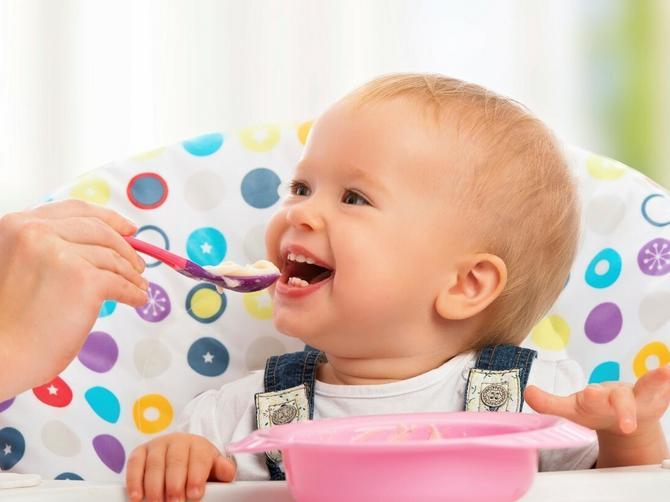 I vaša beba zna zašto je važno da posuđe uvek bude suvo! Evo brzog i lakog rešenja