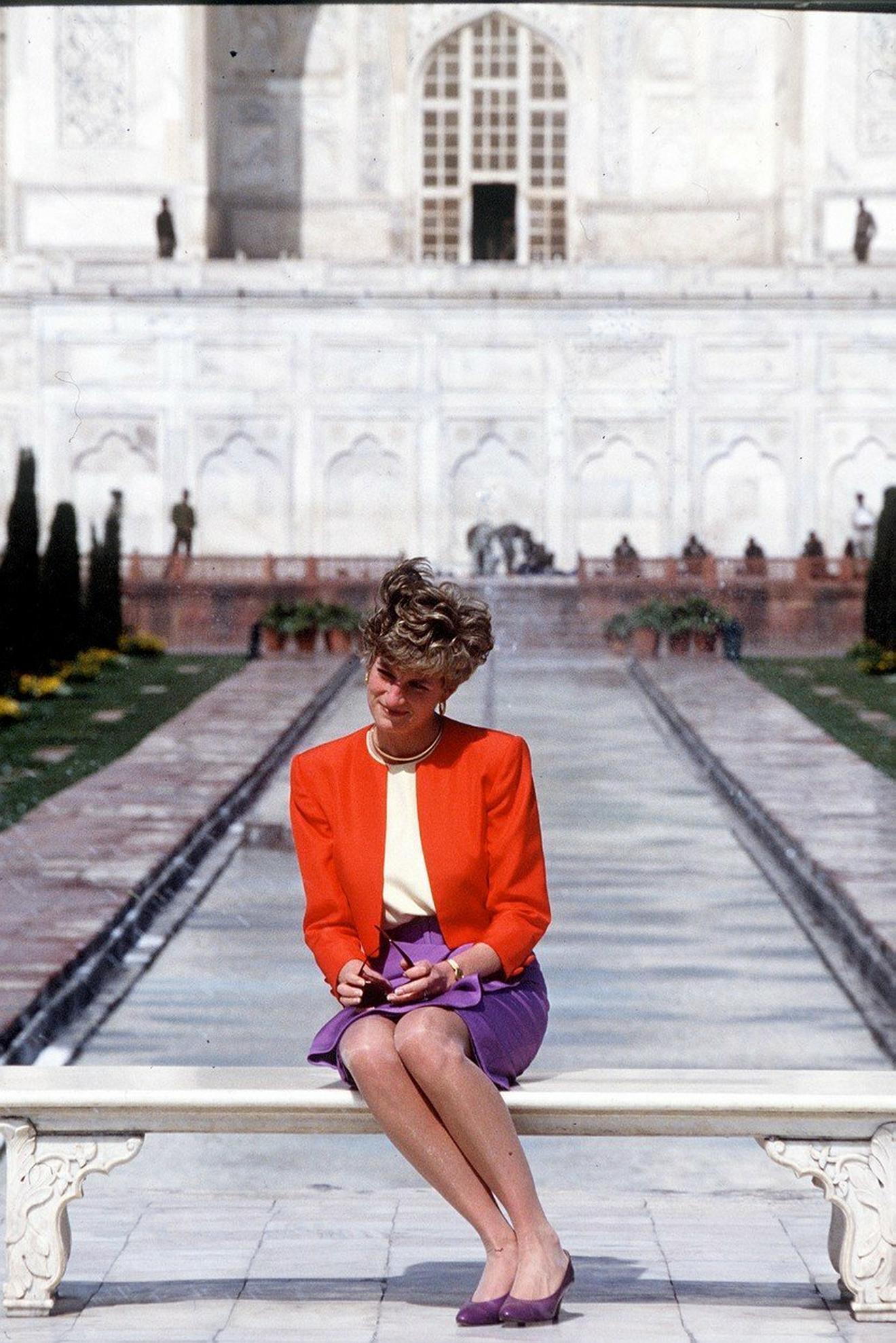 Dajana ispred 1992. godine Tadž Mahala