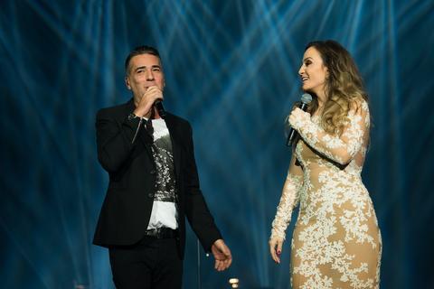 Željko, Emina i Saša Kovačević pevali sa Jelenom Tomašević na njenom drugom koncertu u Sava centru!