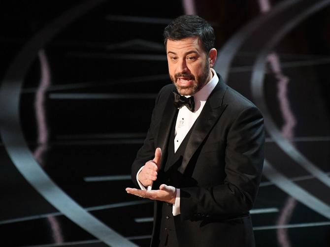 Tramp prozvan i na Oskaru: Voditelj kritikovao predsednika, pa ga na Tviteru pitao da li je budan!