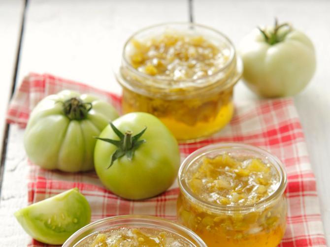 Šta dobijete kada pomešate zeleni paradajz i bosiljak? Čaroban džem!