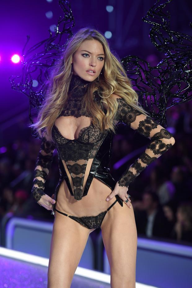 Martha Hunt známa aj z videoklipu Taylor Swift. (Foto: Getty Images)