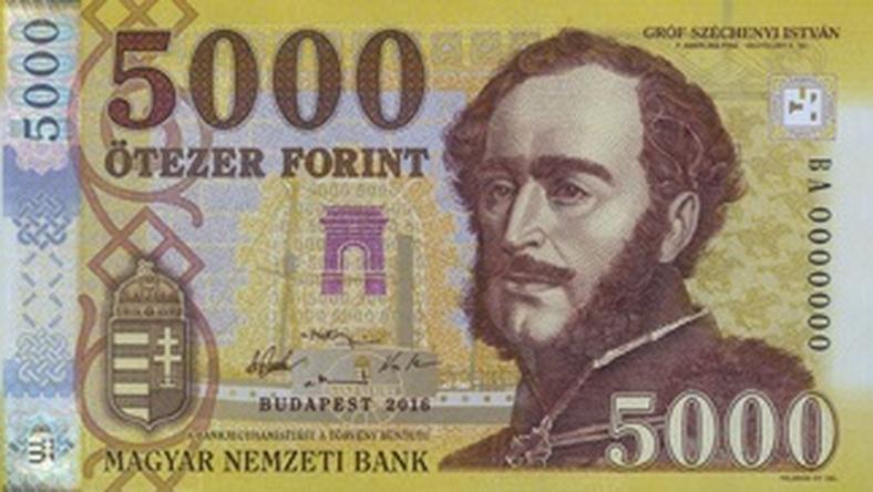 s225rg225ra v225ltozik az 246tezres itt vannak az 250j bankjegyek
