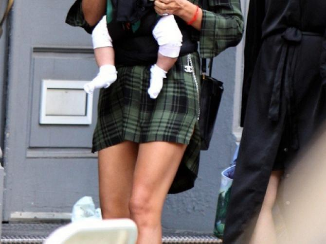 Ona je jedna prelepa mama: Ali je ONA uspela da je ZASENI!