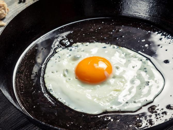 Jaja na oko ceo život spremate POGREŠNO: Dodajte im samo jednu stvar i ODUŠEVIĆETE SE