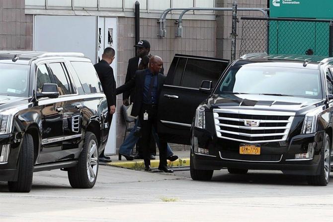 """Selena Gomez juče u Njujorku nakon revije modne kuće """"Coach"""" u Njujorku koju je ispratila"""