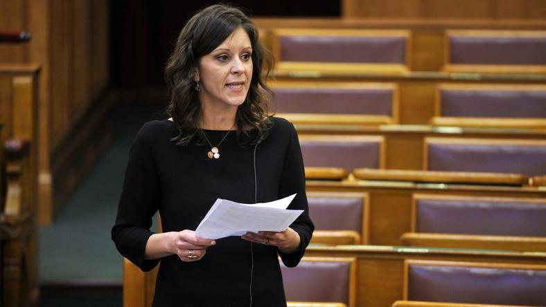 Igencsak kevés a képviselőnők száma a Parlamentben  Fotó  MTI -Kovács Attila 58300c22a3