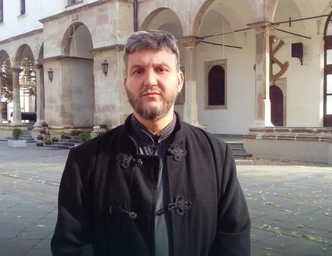 Sveštenik Miodrag Pavlović