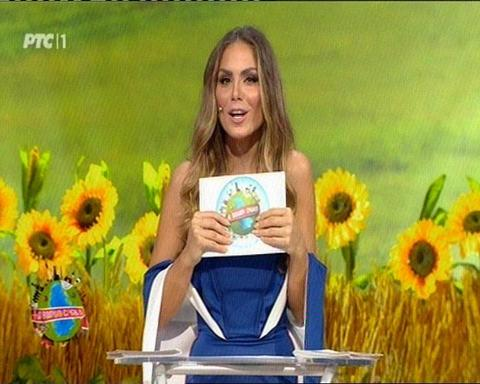 Nina Seničar kao voditeljka izazvala oduševljenje! FOTO