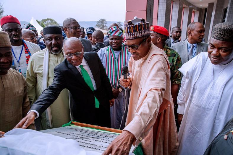 President Buhari inaugurates CBN Centre of Excellence in UNN1