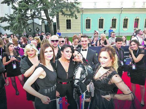 Srpska predstavnica na otvaranju Evrovizije: Tijana na crvenom tepihu