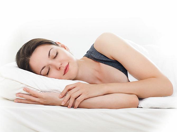 Ima jedan položaj koji je spas za vašu kičmu dok spavate