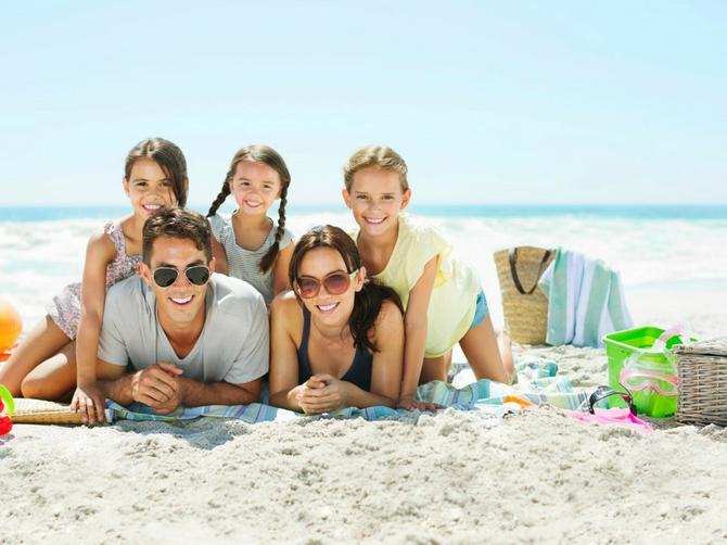 Spremamo vas za plažu! Uključite se u veliki letnji kviz BLIC ŽENE i osvojite neki od 435 poklona
