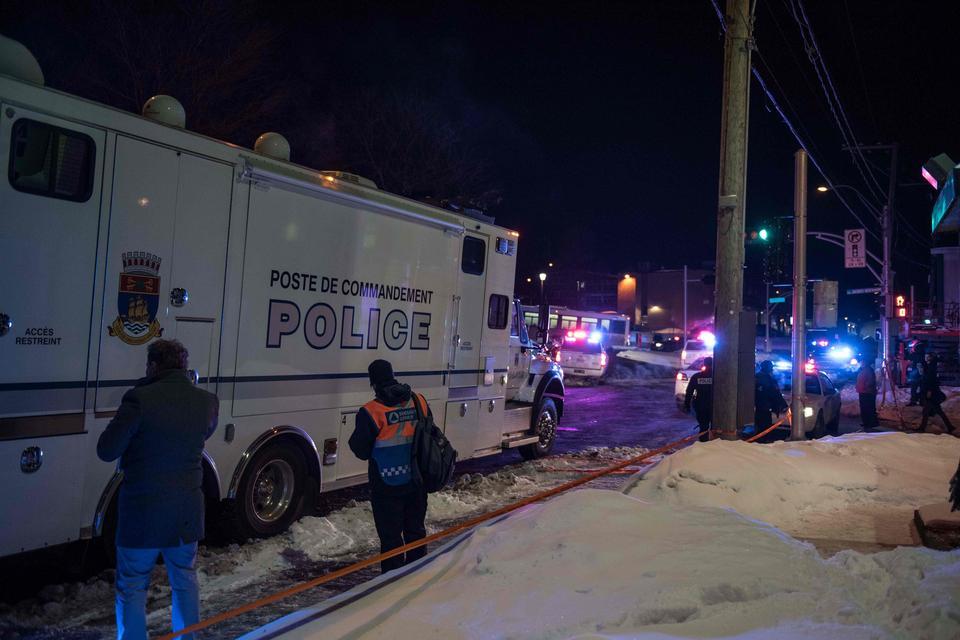 Atak Na Meczet Photo: Atak Na Meczet W Kanadzie. Co Najmniej Sześć Osób Nie żyje