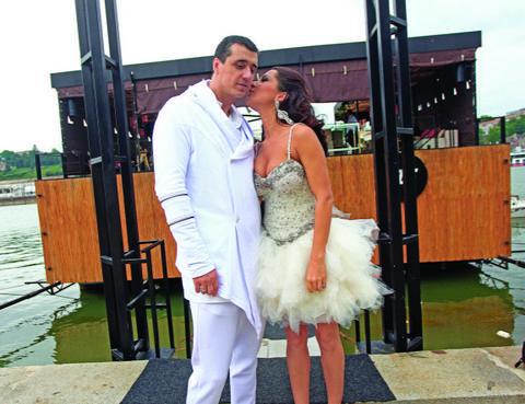 OPET PROBLEMI OKO DROGE: Marko Bulat uhapšen zbog KOKAINA, supruga preuzela KRIVICU!