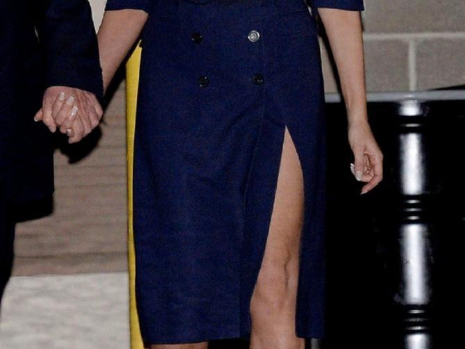 Šta se zaista KRIJE ispod haljine Melanije Tramp? Slike u tesnom džinsu rešile DILEMU!