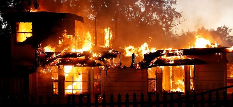 Pożary w Kalifornii zmusiły do ewakuacji 82 tys. osób